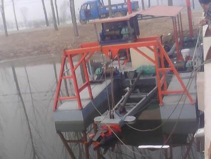 小型清淤船
