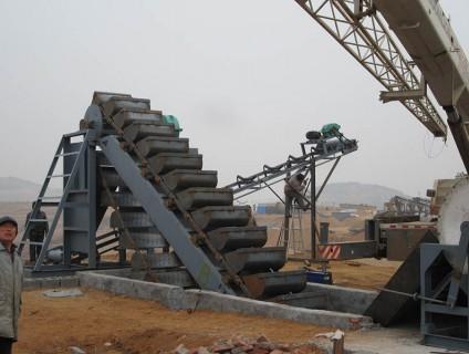 山东大型洗砂机安装现场
