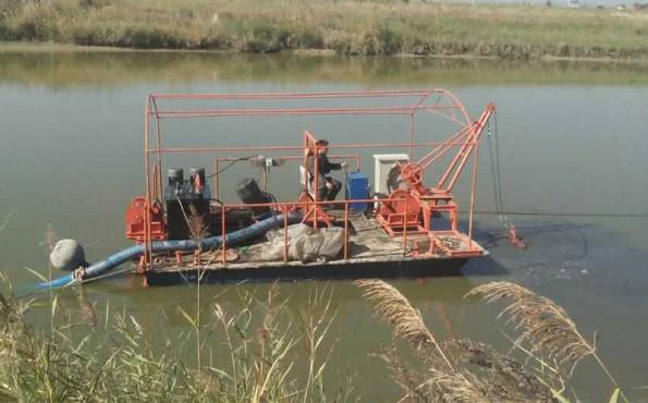 挖泥船清淤河道有什么要求?